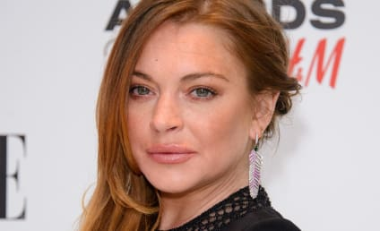 Lindsay Lohan to Dina Lohan: Please Don't Sell My Crap!