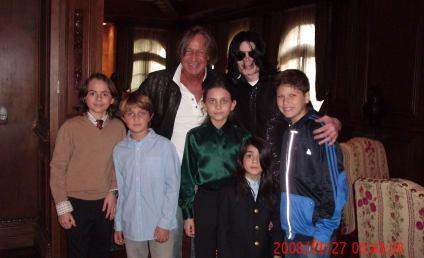 Paris Jackson Defends Dad Michael Jackson: He Is Not a Pedophile!
