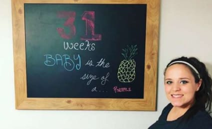 Jinger Duggar Likens Baby to Pineapple, Bumps Right Along on Instagram