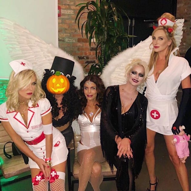 Bethenny Frankel Defends Halloween Costume Against Body Shaming Morons The Hollywood Gossip