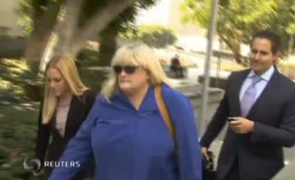 Debbie Rowe Breaks Down on Stand During Michael Jackson Wrongful Death Trial