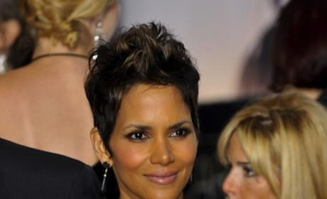 Halle Berry Oscars Dress