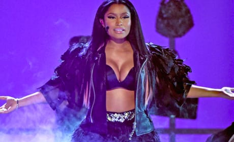 Nicki Minaj and David Guetta Billboard Music Awards Performance