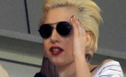 Lady Gaga to Drop Album, Pants in 2011