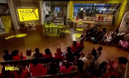 Chrissy Teigen, Tyra Banks Go Makeup-Free on Live TV!
