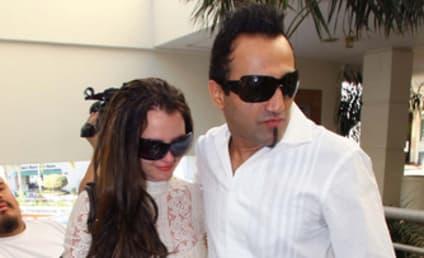 Delusional Adnan Ghalib: I Am Britney Spears' Boyfriend