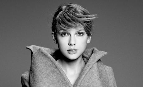 Taylor Swift: Black and White