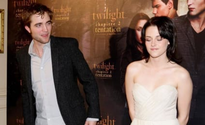 "Kristen Stewart and Robert Pattinson Reportedly ""On Board"" for Double Breaking Dawn"