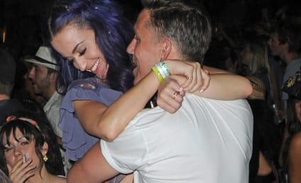 Katy Perry and Robert Ackroyd: Kissing at Coachella!