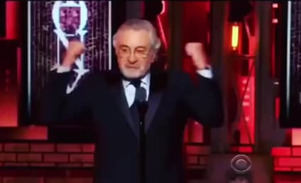 "Robert De Niro Says ""F-ck Trump,"" Earns Extended Ovation"