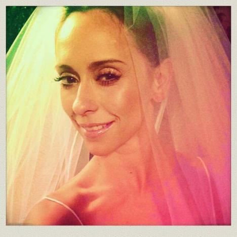 Jennifer Love Hewitt as a Bride