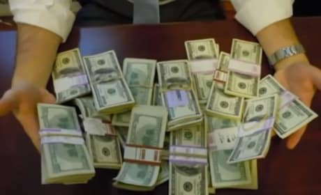 Man Finds 98K In Desk Bought on Craigslist