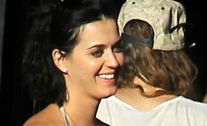 Katy Perry: In LOVE With John Mayer?!