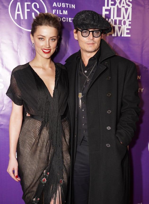 Amber Heard and Johnny Depp Image