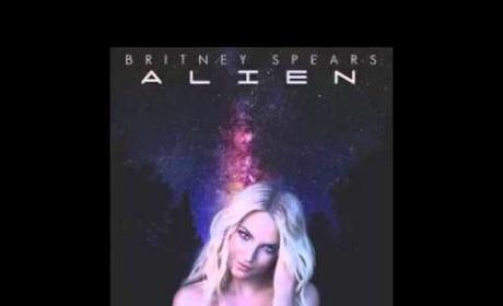 Britney Spears - Alien (No Autotune)