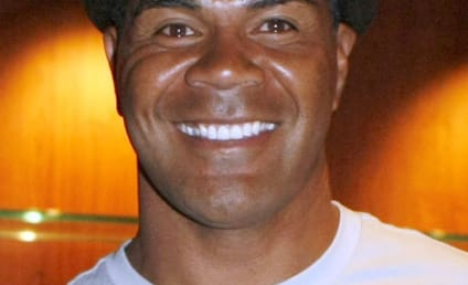 Junior Seau Suicide Renews NFL Concussion Debate