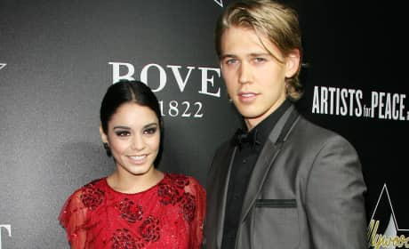 Austin Butler and Vanessa Hudgens Pic