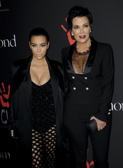 Kim Kardashian, Kris Jenner Red Carpet Photo