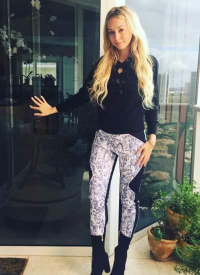 Corinne Olympios Instagram Pic