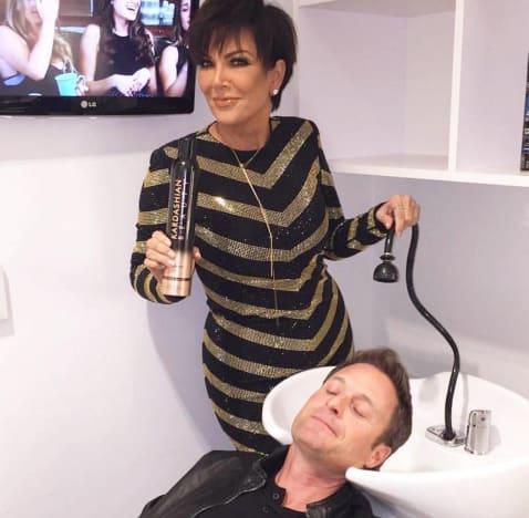 Kris Jenner Washes Chris Harrison's Hair
