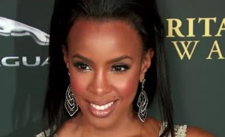 Kelly Rowland is a Mother!