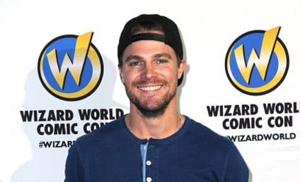 Stephen Amell to Internet Troll: My Marriage is Real! You're Awful!