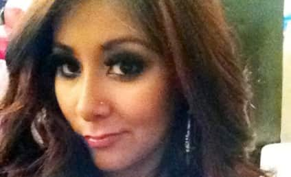 Snooki Cleavage Pic: The Perks of Pregnancy