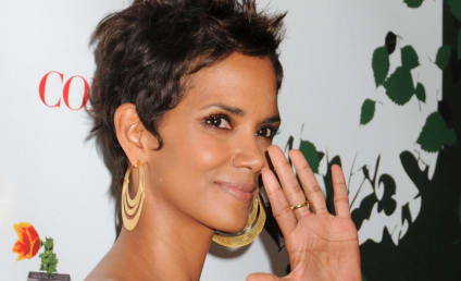 Halle Berry: No to Plastic Surgery ... for Now