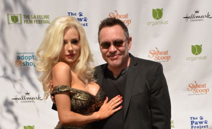 Courtney Stodden Files For Divorce From Doug Hutchison