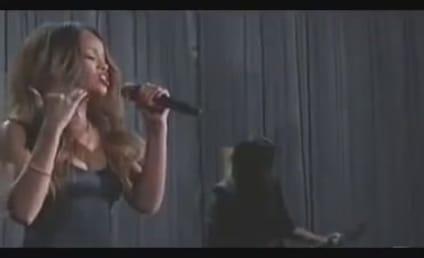 Rihanna Grammy Performance Gets a Standing Ovation From Chris Brown