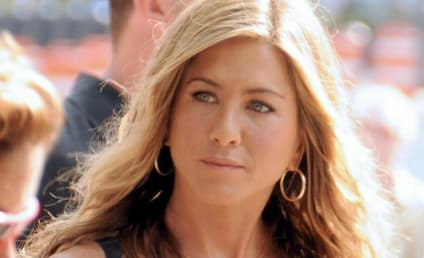 "Source: Jennifer Aniston is ""Fragile,"" Bursts Into Tears Thinking of Brad Pitt"