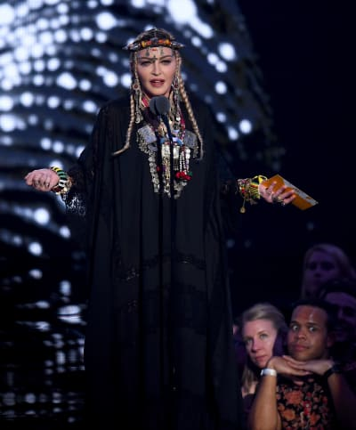 Madonna Pays Tribute