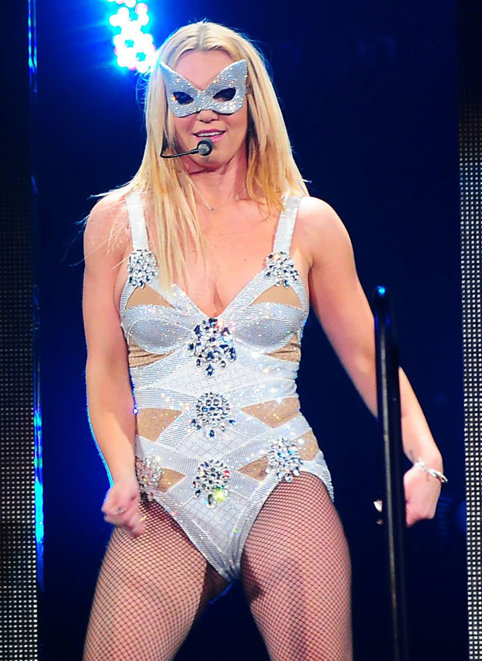 Britney camel toe