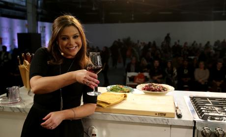 Rachael Ray: Grand Tasting During MasterCard - Food Network & Cooking Channel New York City Wine & Food Festival