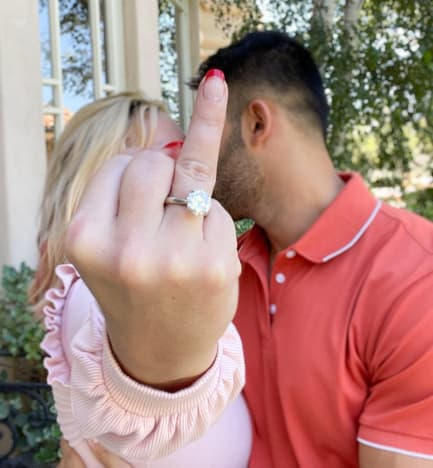 Britney Spears Engagement Ring Pic