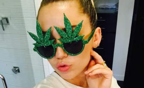 Miley Cyrus, Pot Glasses