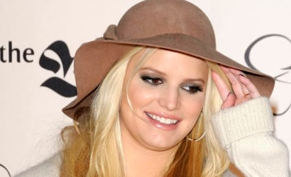 Pregnant Jessica Simpson Inks Deal With Weight Watchers; Will Shed Baby Weight For $3 Million