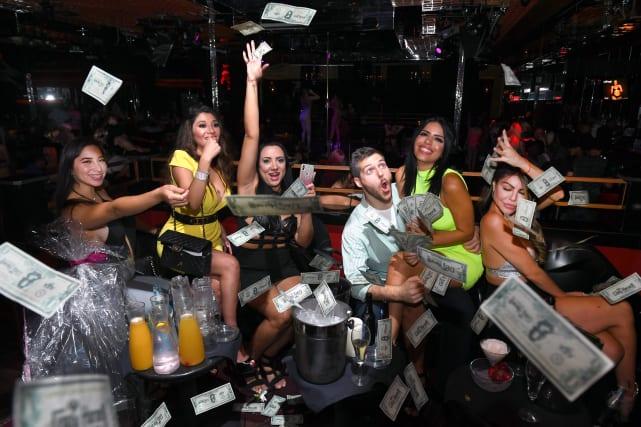 Larissa lima birthday party the money shot
