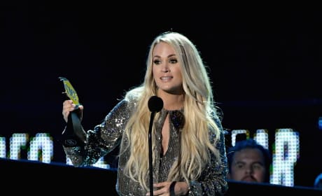 Carrie Underwood at the 2018 CMTs