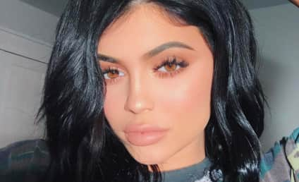 Kylie Jenner Throws Apparent Shade at Bella Hadid, Supports Team The Weeknd