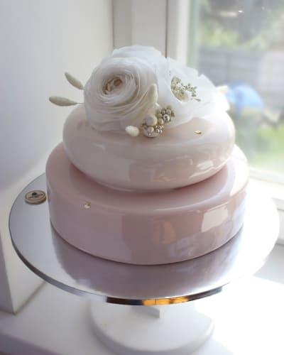 wedding cake generic image from Instagram