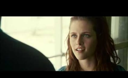 Kristen Stewart Tries, Fails to Speak with a Southern Accent