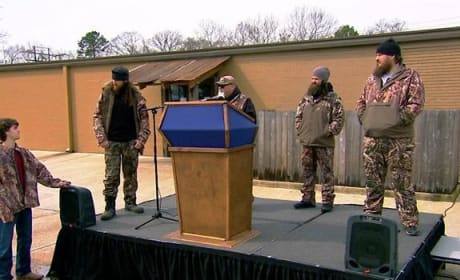 Duck Dynasty Clip - Public Speaking Tips From Jase