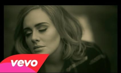 """Adele Says """"Hello"""" with New Song, Video"""