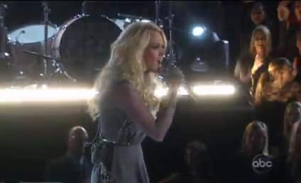 "Carrie Underwood Gets ""Blown Away"" at CMAs"