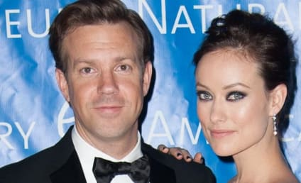 Olivia Wilde Baby Bump Makes Red Carpet Debut
