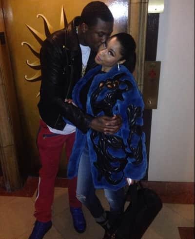 Meek Mill Kisses Nicki Minaj