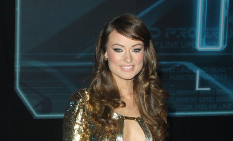 Who looked prettier at the Tron: Legacy premiere?