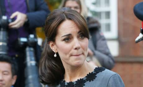 Kate Middleton Reacts To A Cheapskate Gift Card