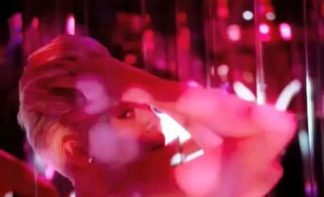 Miley Cyrus Licking Stuff